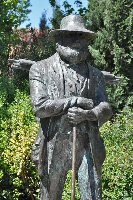 Statue of Paul Cézanne in Aix-en-Provence
